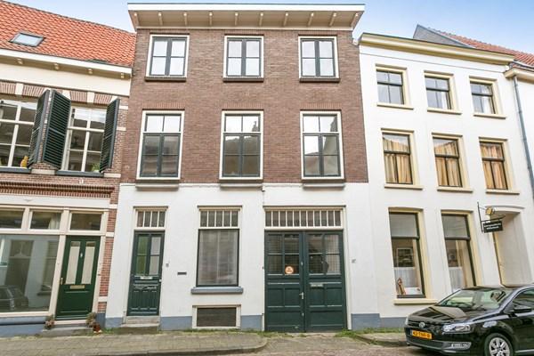 Aangekocht: Oudewand 11a en b, Zutphen