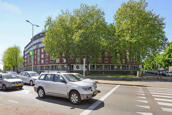 Troelstrakade 925, Den Haag