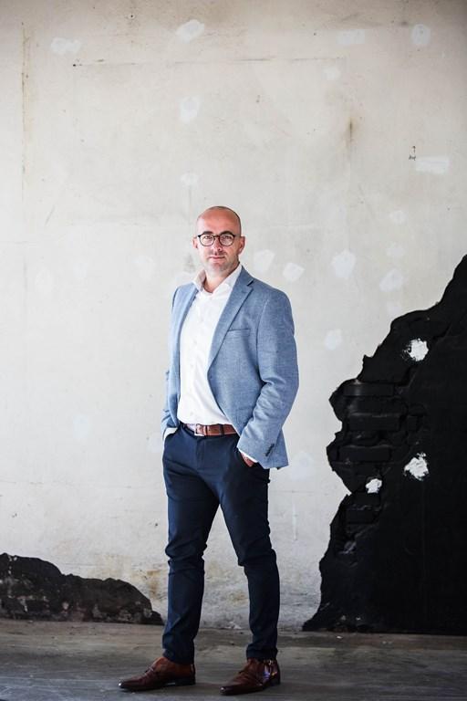 Jasper Bakker, Briqs Makelaardij