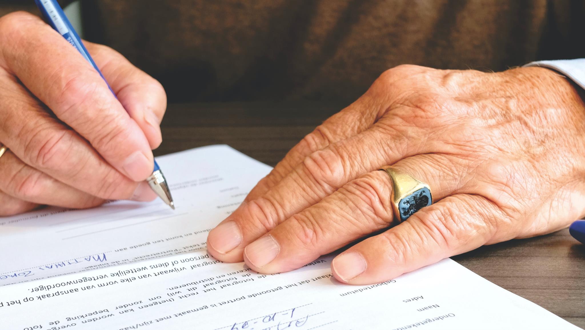 Notariskosten Verkoop Huis: Wie betaalt de kosten van de notaris bij de verkoop van een huis?
