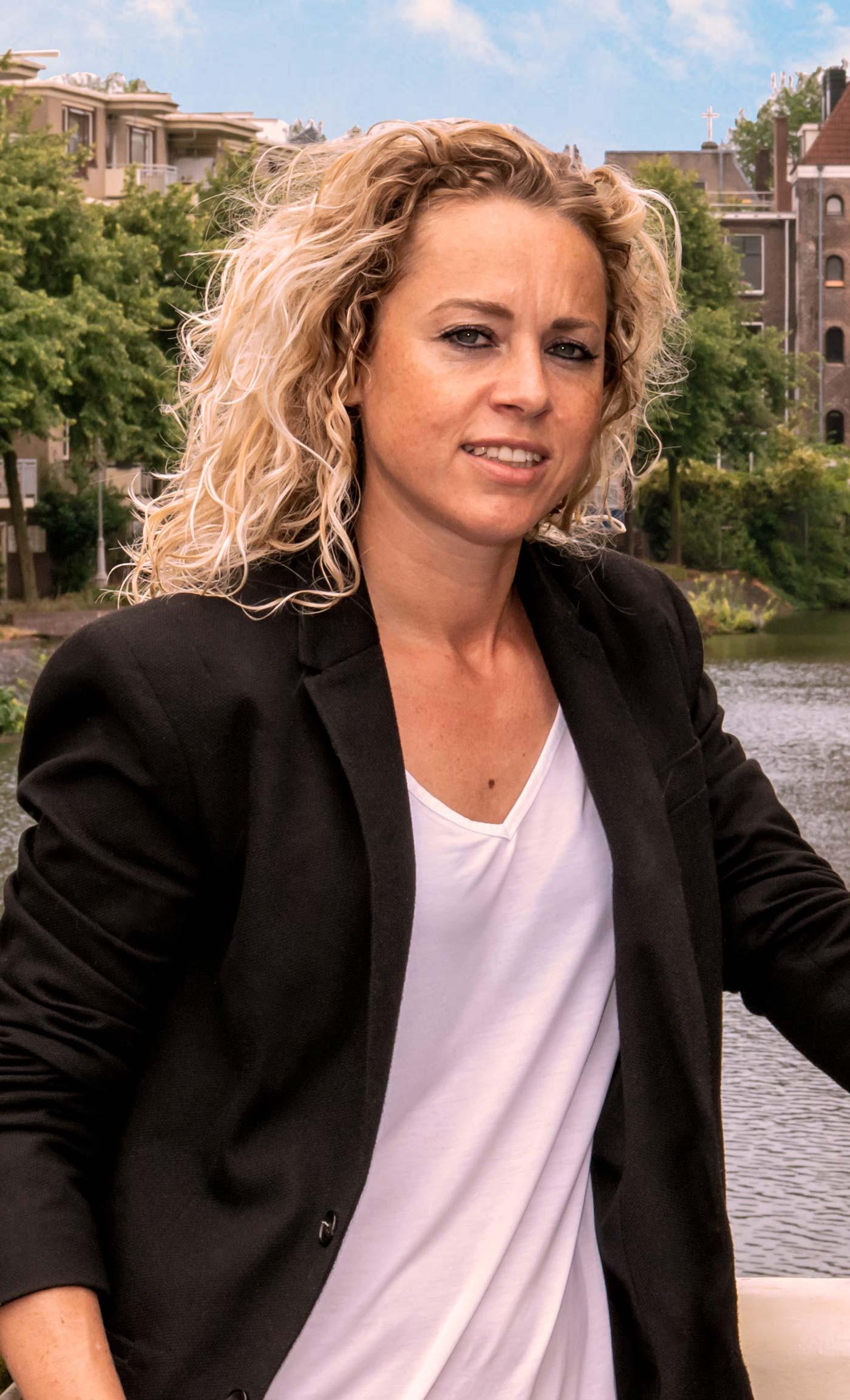 Vanessa Zegers, VZ Makelaars